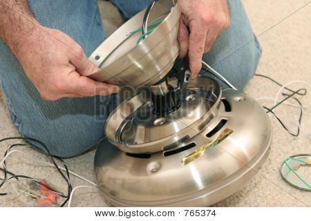 Assembling Fan Motor