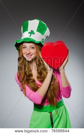 Woman wearing saint patrick hat