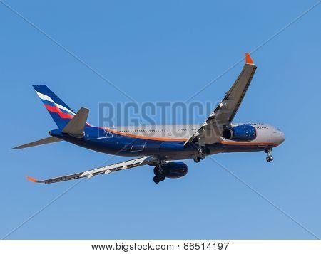 Passenger Aircraft Airbus A330