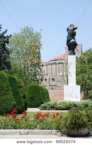 Monument In Belgrade Near Fortress