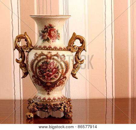 Vase..