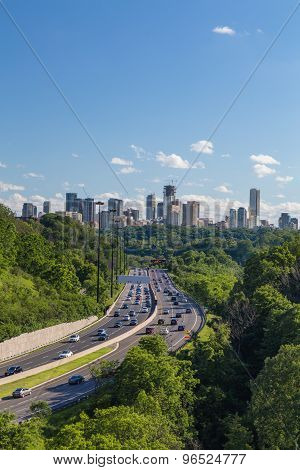 Cars On The Don Valley Parkway In Toronto
