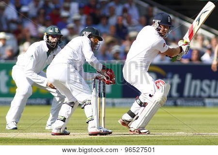 LONDON, ENGLAND. AUGUST 17 2012 South Africa's Hashim Amla South Africa's AB de Villiers and \England's Jonny Bairstow during the third Investec cricket  test match between England and South Africa