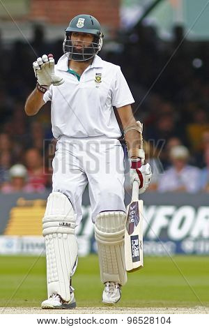 LONDON, ENGLAND. AUGUST 19 2012 South Africa's Hashim Amla indicates to his partner not to run during the third Investec cricket  test match between England and South Africa, at Lords Cricket Ground