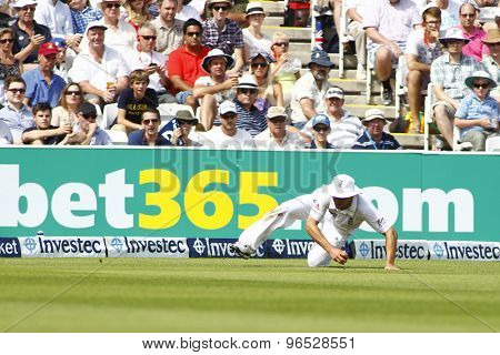 LONDON, ENGLAND. AUGUST 19 2012 England's Jonathan Trott fields during the third Investec cricket  test match between England and South Africa, at Lords Cricket Ground