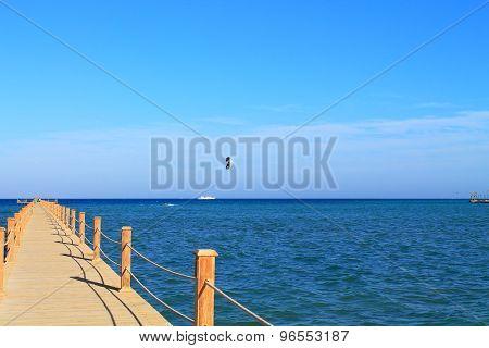 pontoon  to the sea