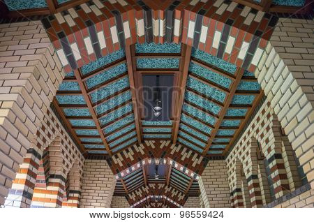 ceiling of hallway with Art Deco style brick work