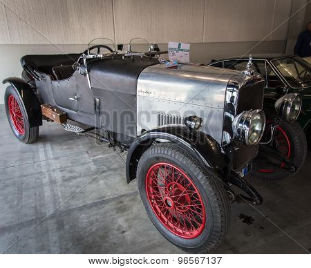 Exhibition Of Antique And Sports Cars