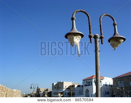 Akko Old Street Lamp