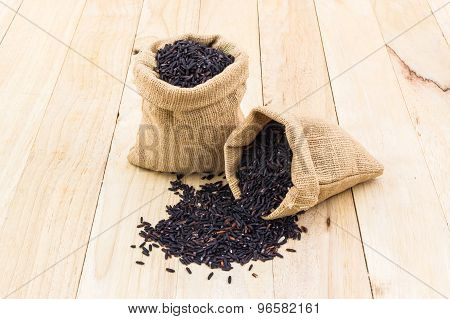 Rice Berry In Small Burlap Sack.