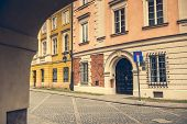 picture of parasite  - Little parasite home bridge  in Warsaw - JPG