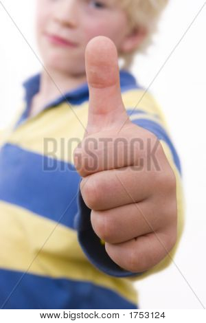 Little Boy, Thumbs Upp