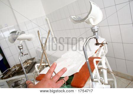 Gynecologist'S Tools