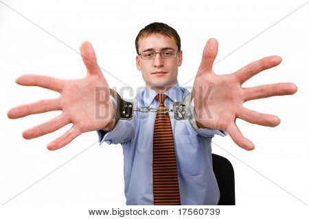 Kaufmann mit Handschellen über Hände, isoliert
