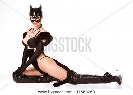 Heiße schöne Modell in Latex Katze Kostüm