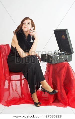 Pretty woman listen music