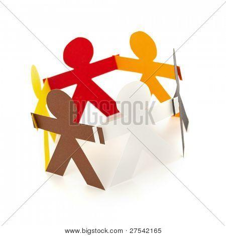 pessoas de recorte de papel em diversas cores, formando um círculo