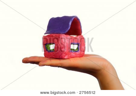 Houseinhand2