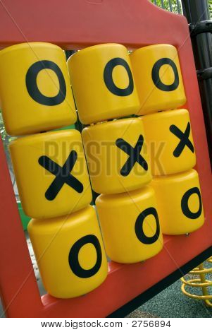 Children'S Playground - Tic Tac Toe Game