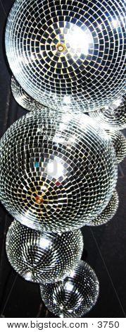 Brillantes bolas de discoteca 02