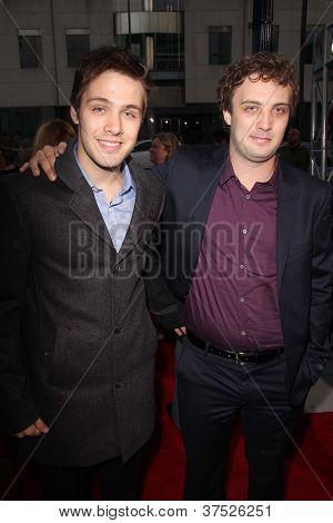 LOS ANGELES - 4 de outubro: Matthew Fahey, Jozef Fahey chega na estréia no Samuel Goldwyn Th