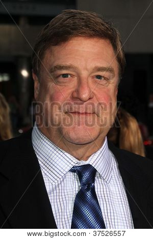 LOS ANGELES - OCT 4:  John Goodman arrives at the
