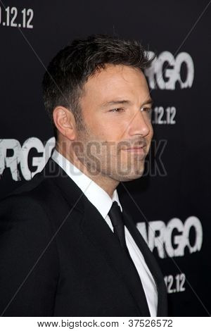 "LOS ANGELES - OCT-4: Ben Affleck arriveert op de ""ARGO"" in première gegaan op Samuel Goldwyn Theater op Octobe"