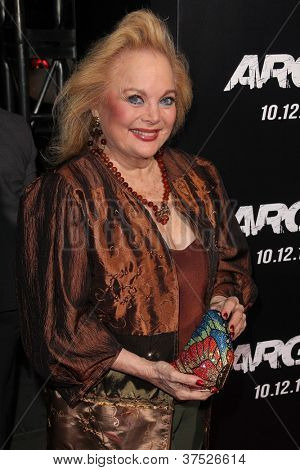 LOS ANGELES - OCT 4:  Carol Connors arrives at the