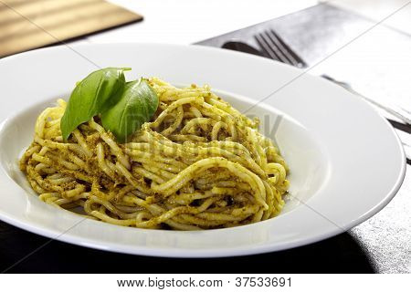 Spaghetti With Pesto And Basil