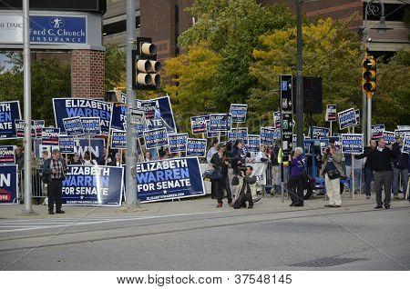 October 1 ,2012 Elizabeth Warren and Scott Brown Debate