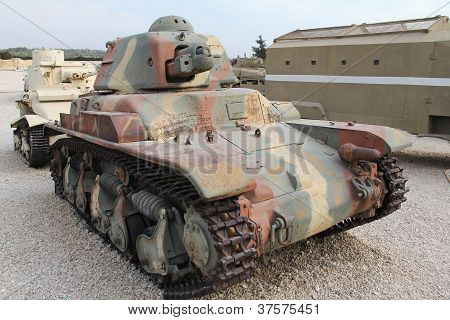 Old French light tank