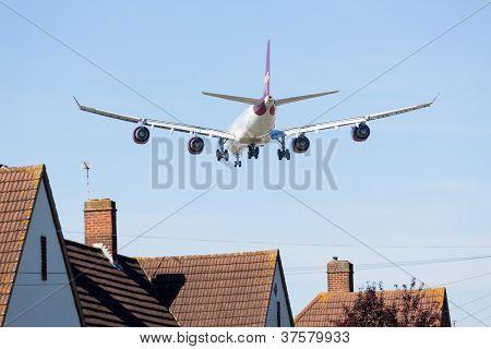 Airbus A340 Virgin Atlantic Lands At Heathrow