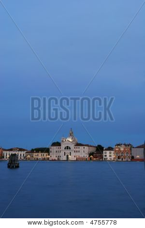 Venecia en la noche
