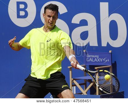 BARCELONA - APRIL, 23: French tennis player Kenny de Schepper in action during a match of Barcelona tennis tournament Conde de Godo on April 23, 2013 in Barcelona
