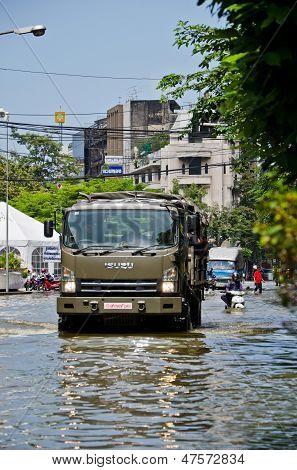 Thai Flood Crisis  At Charoen Krung Road