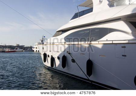 A Majestic Yacht In Dubai
