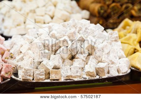 traditional Turkish sweets