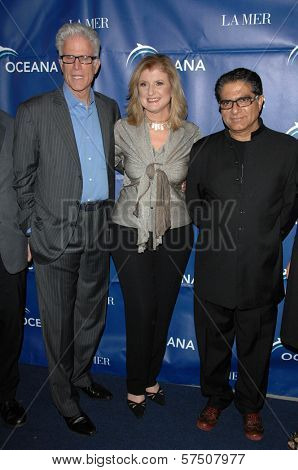 Ted Danson, Arianna Huffington and Deepak Chopra at the 2009 Oceana Annual Partners Award Gala, Private Residence, Los Angeles, CA. 11-20-09