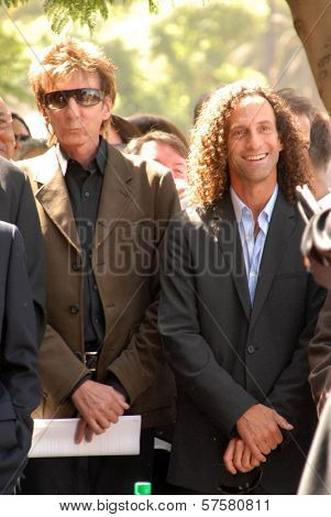 Barry Manilow and Kenny G at the ceremony honoring Dave Koz with a star on the Hollywood Walk of Fame. Vine Street, Hollywood, CA. 09-22-09