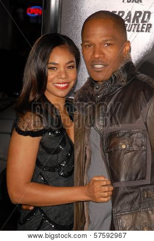 Regina Hall and Jamie Foxx  at the Los Angeles Premiere of 'Law Abiding Citizen'. Grauman's Chinese Theatre, Hollywood, CA. 10-06-09