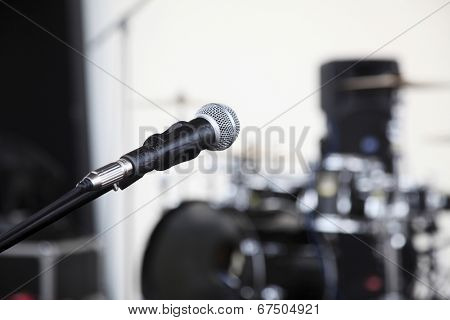 close up of the microphone at the concert