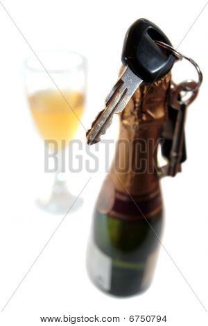 No celebrar y conducir con beber