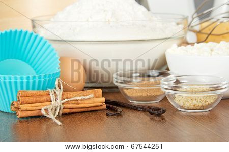 Flour, cottage cheese, egg, spices and cake pan