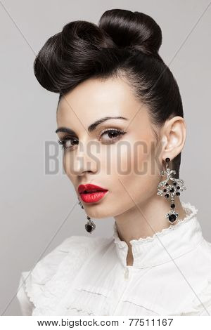 Close Up Portrait Of Fashionable Brunette Model. Updo, Vintage Accessories. Makeup And Hairstyle. Re