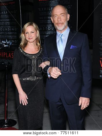 LOS ANGELES - OCT 06:  J.K. Simmons & Michelle Schumacher arrives to the
