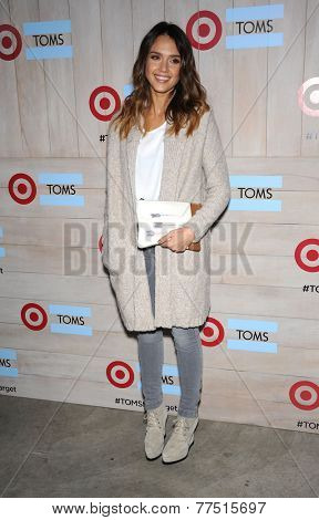 LOS ANGELES - NOV 12:  Jessica Alba arrives to the TOMS for Target Partnership Celebration on November 12, 2014 in Culver City, CA