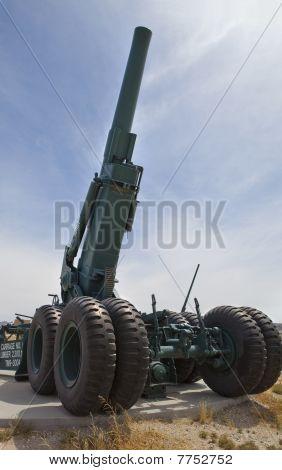 Artillery cannon