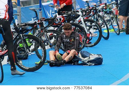 Many Competitors Preparing Before Triathlon Race