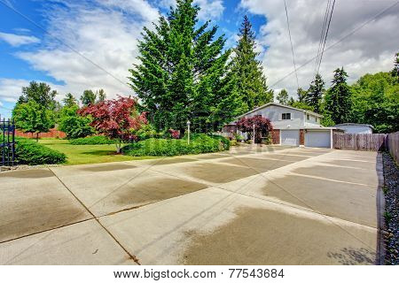 House With Large Front Yard