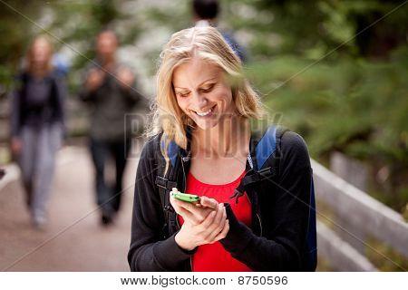 Teléfono de texto de mujer